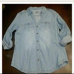 NWOT Chambray shirt
